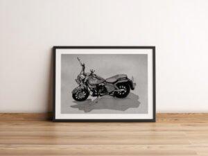 פוסטר של אופנוע שצויר בחודש אוגוסט